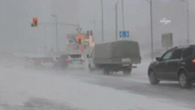 Kazachstan zniknął pod śniegiem. <br />Utrudnienia komunikacyjne na północy kraju