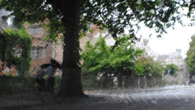 Prognoza pogody na dziś: chłodny dzień z przelotnym deszczem
